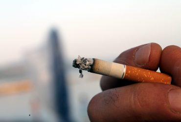 Dia Nacional do Combate ao Fumo: como o cigarro pode prejudicar a audição